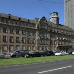 Das ehemalige Polizeipräsidium in Frankfurt am Main steht als Standort für weitere Hochhäuser im Gespräch