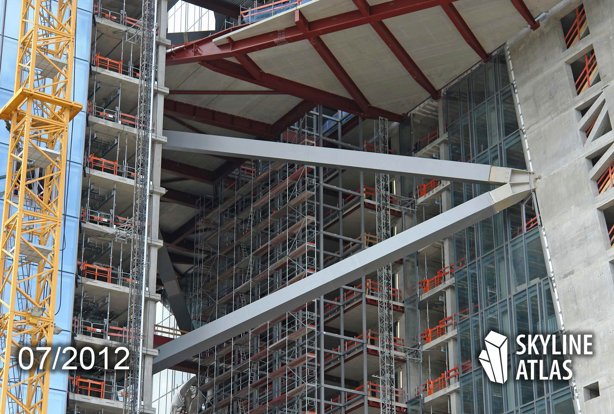 Stahlskelettkonstruktion am Hochhaus der EZB - Träger