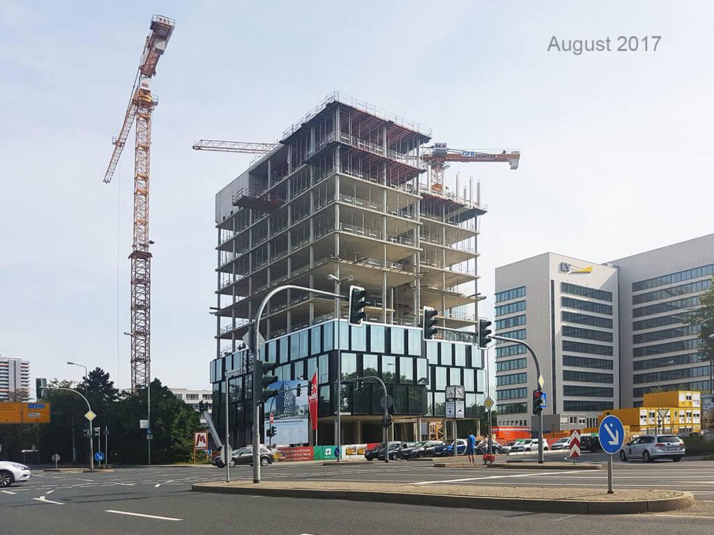Das SAP Hochhaus im August 2017 -- Eschborn