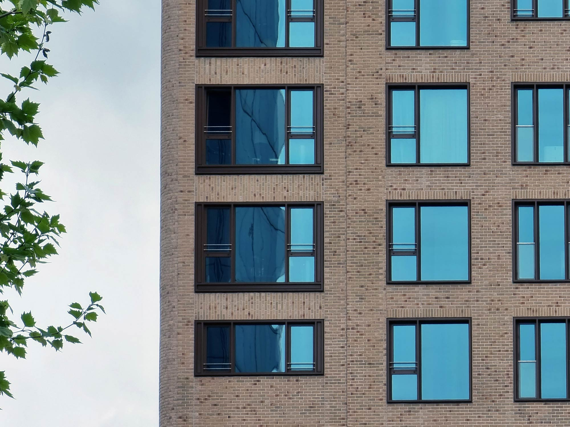 Wohnturm Frankfurt - Wohnungen zur Miete FFM - Blue Horizon Bockenheim - Blue Horizon Fassade