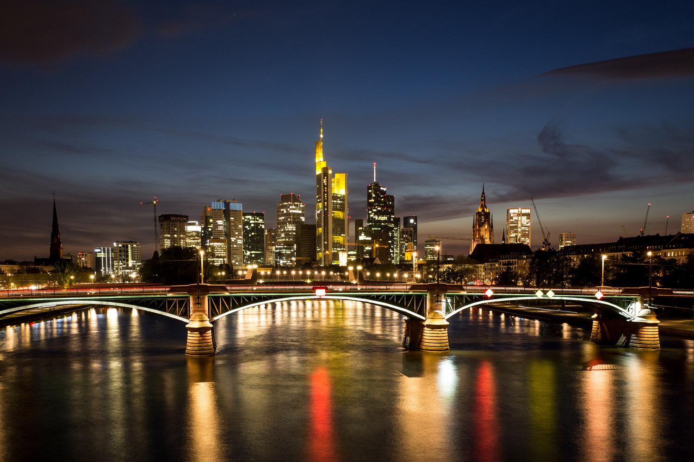 Frankfurt bei Nacht, Skyline nachts (c) HAUSSMANN VISUALS