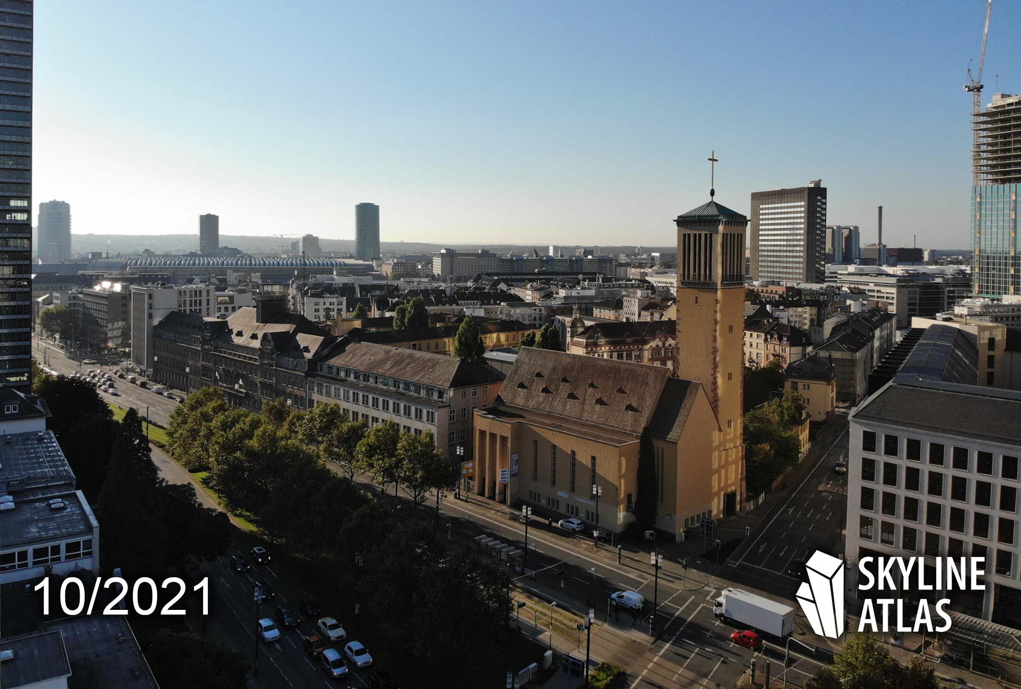 Das Präsidium Frankfurt - Altes Polizeipräsidium Hochhaus FFM - Ehemaliges Polizei-Präsidium in Frankfurt am Main - Baufortschritt - Baustelle - Oktober 2021