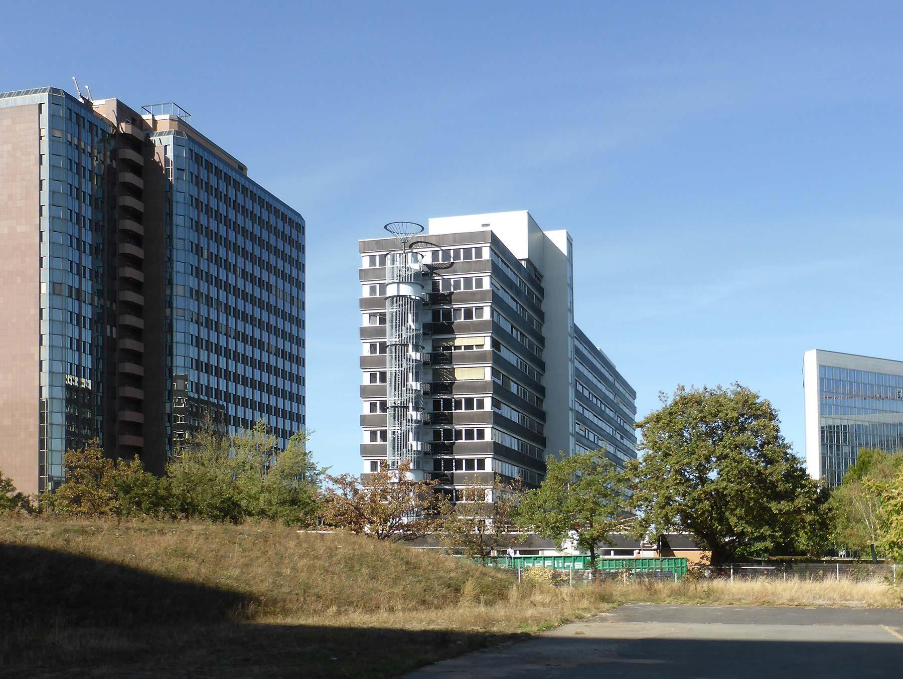Lyoner Straße 11 in Frankfurt am Main Niederrad - Lyoner Viertel - Boardinghaus für Hotel-Mitarbeiter der Evan-Gruppe
