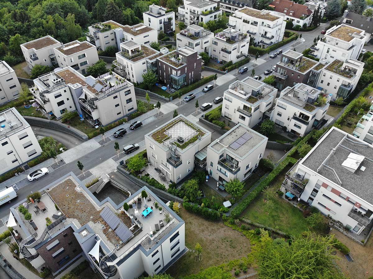 Wohngebiet in Frankfurt aus der Luft - Wohngebäude - Wohnviertel