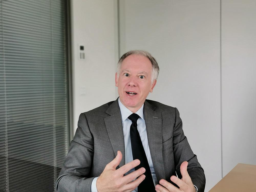 Bauexperte und Anwalt Prof. Dr. Pützenbacher spricht mit Michael Wutzke über das Verwaltungsrecht und das Bauen in Deutschland