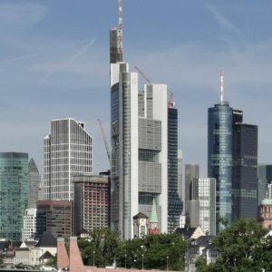 Wie hoch ist der Commerzbank Tower?