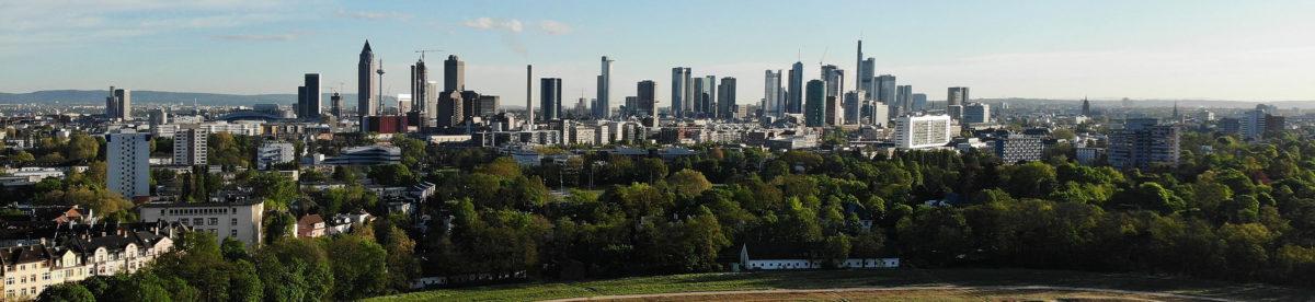 Skyline Mainhattan - Hochhäuser in Frankfurt - die Wolkenkratzer in der Finanzhauptstadt von Deutschland