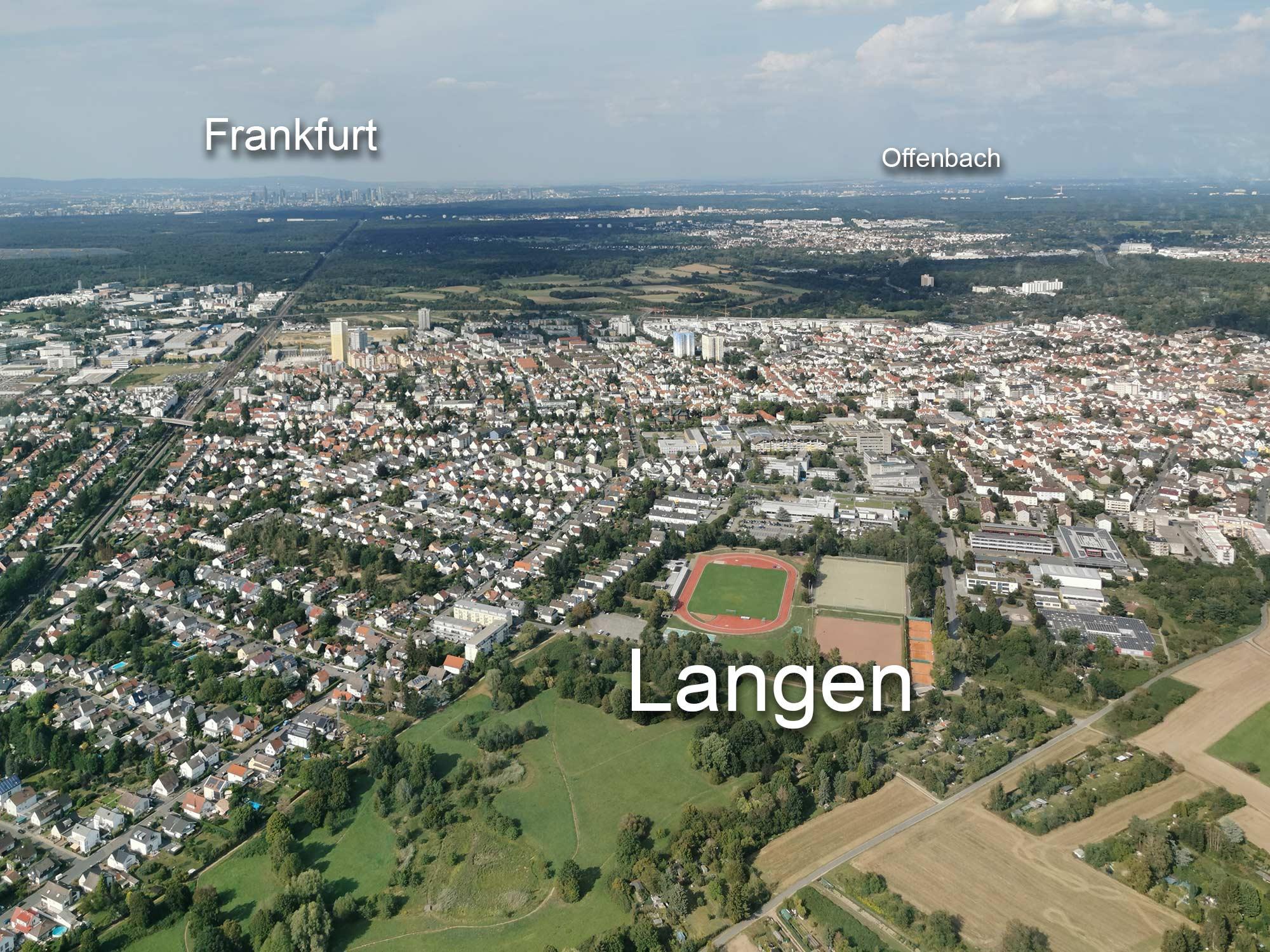 Das Rhein-Main-Gebiet von oben - Langen, Frankfurt und Offenbach - Heliflug von Egelsbach zur Frankfurter Skyline