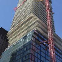 Immobilienfonds Hausinvest investiert in den OmniTurm