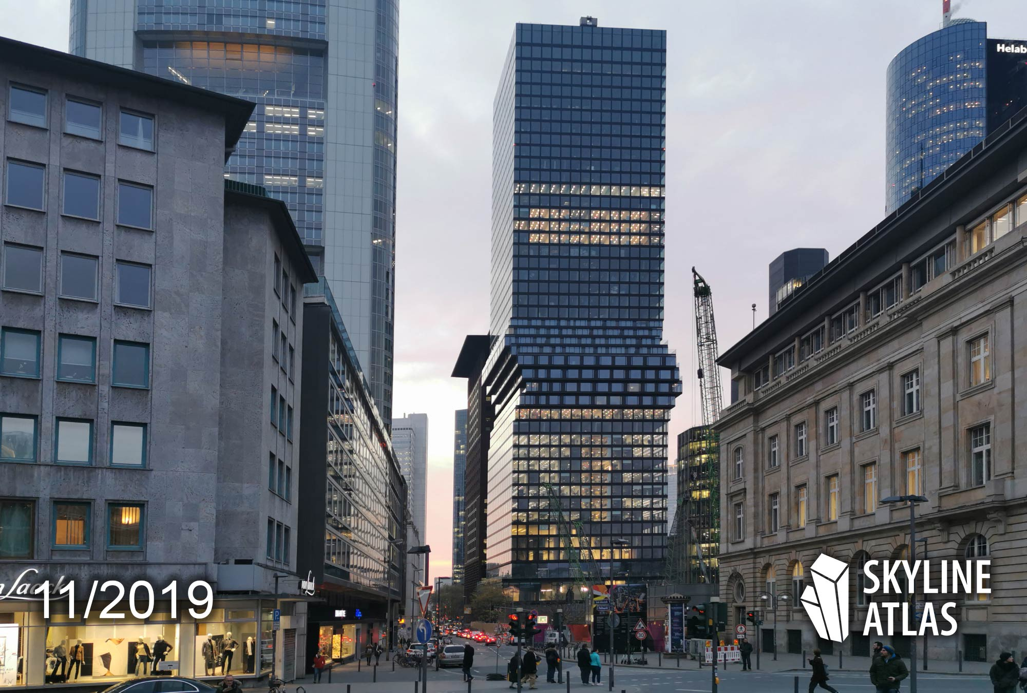 OmniTurm in Frankfurt - November 2019 - Architekt BIG - Projektentwickler Tishman Speyer - Asset Manager Commerz Real - OmniTurm abends