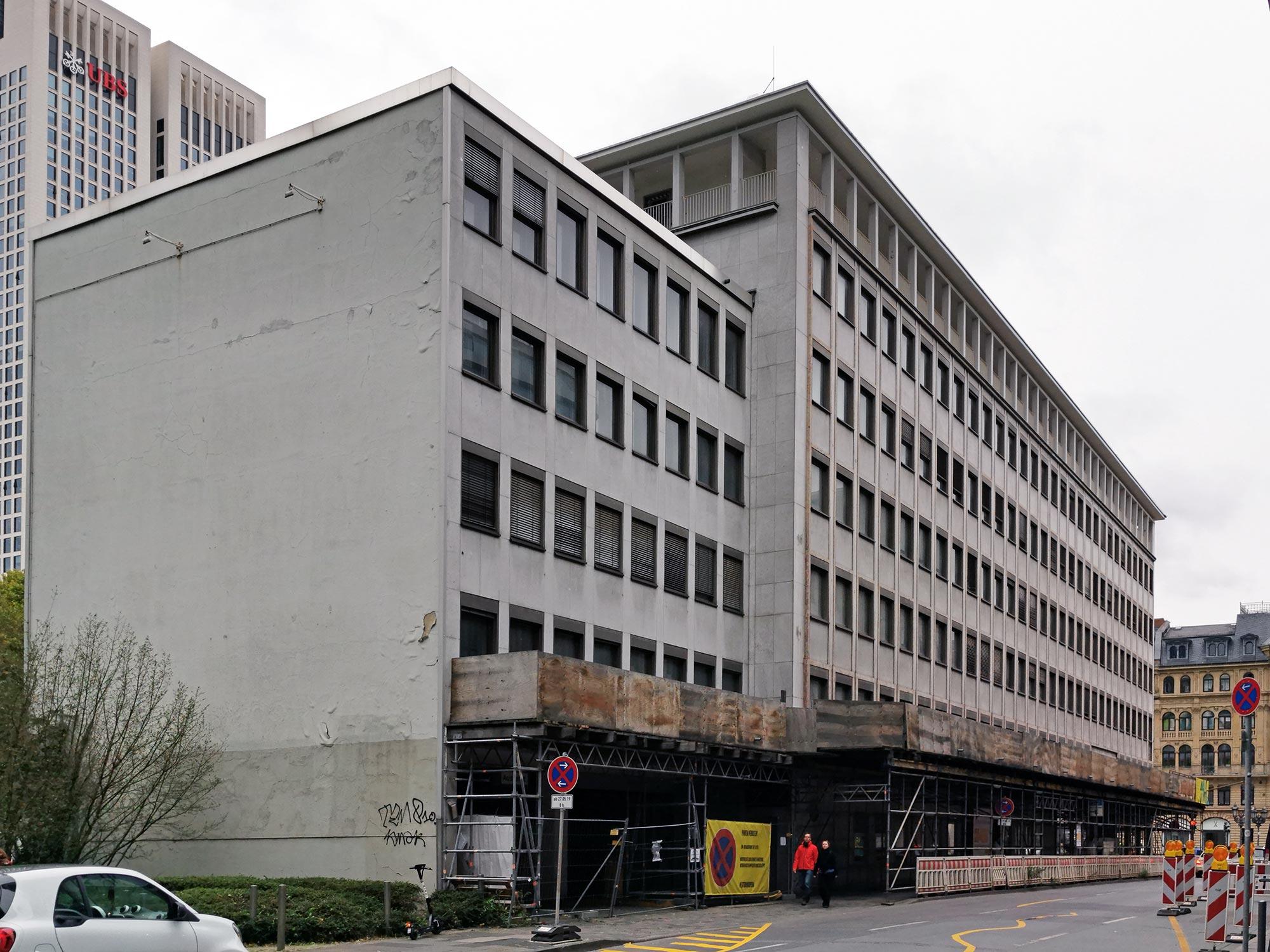 Opernplatz 2 in Frankfurt am Main - RFR Holding GmbH und SIGNA Prime Selection AG - Prime Portfolio Allianz