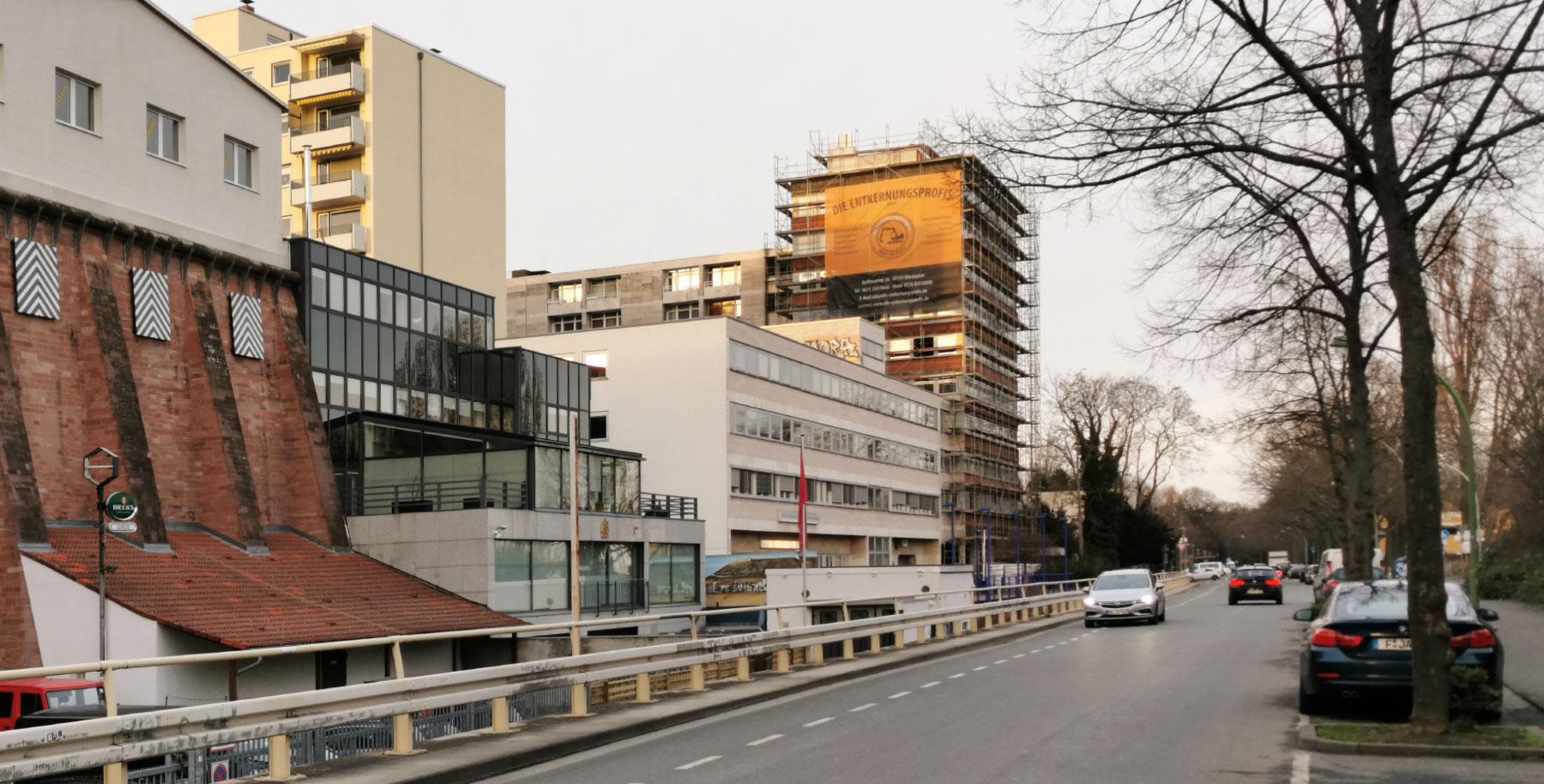 Ostparkstraße 45 Frankfurt am Main - Wohnturm Ostend - Karl Dudler Architekten