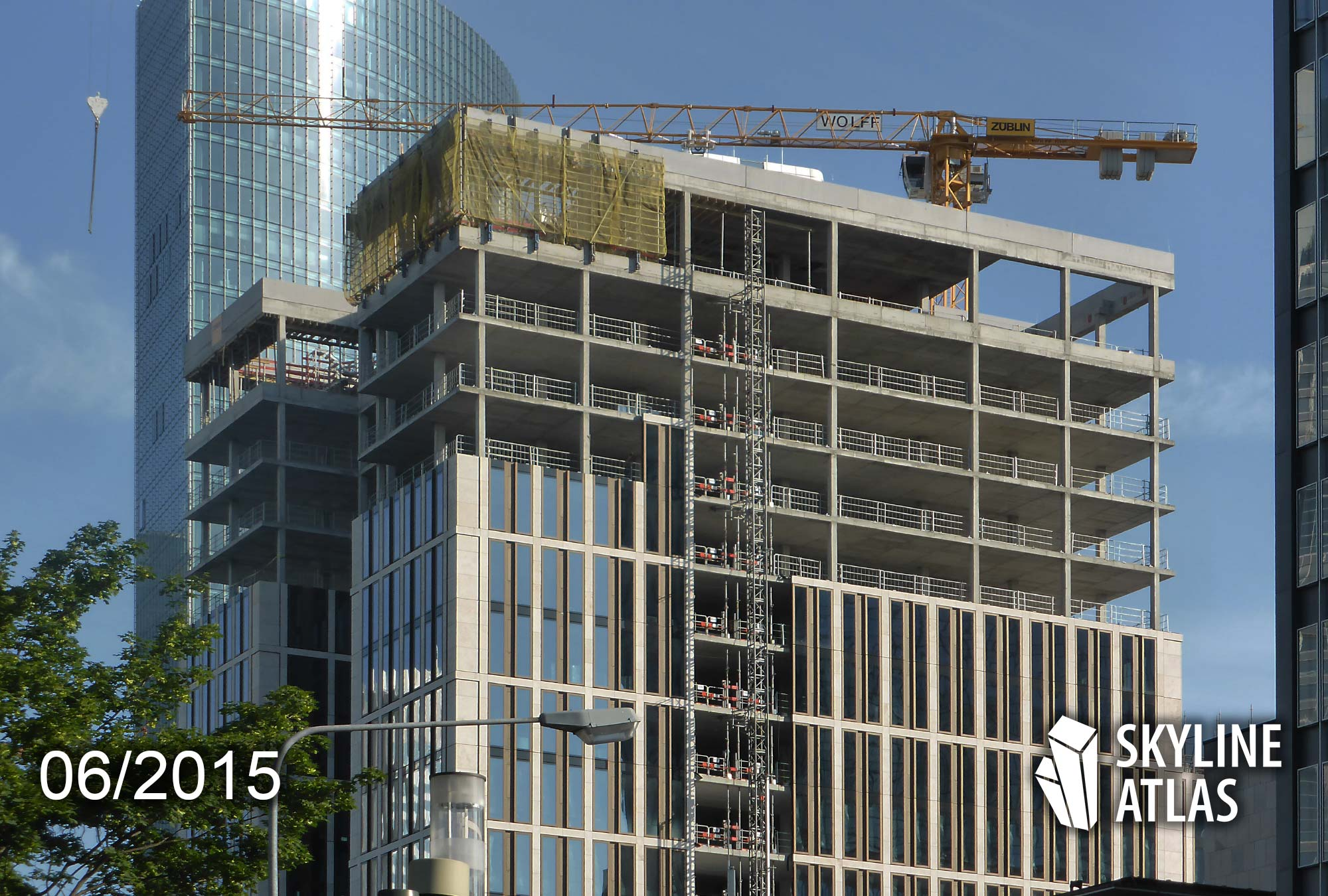 Taunusanlage 8 in Frankfurt am Main - T8 - Baustelle Juni 2015 - Credit Suisse Frankfurt Hochhaus