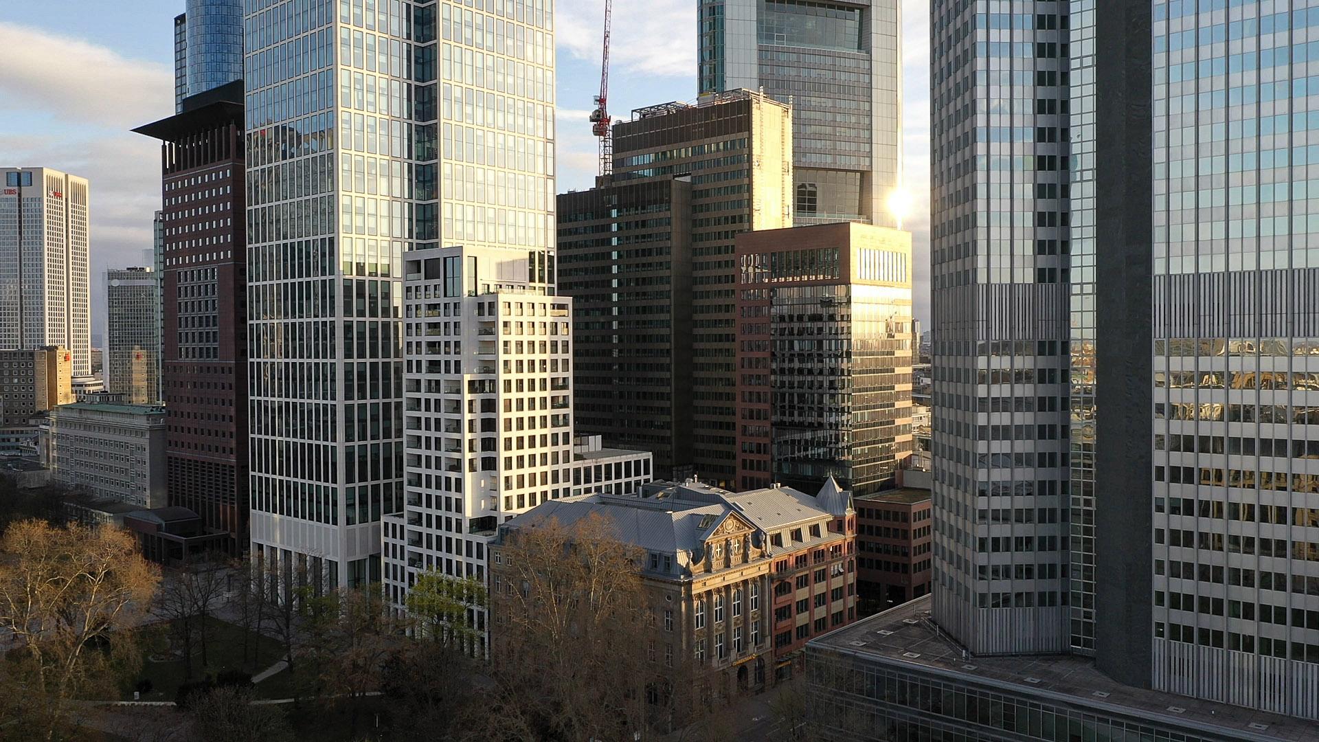 Hochhäuser Frankfurt am Main - CBD - Zentraler Businessdistrikt - Luftaufnahme