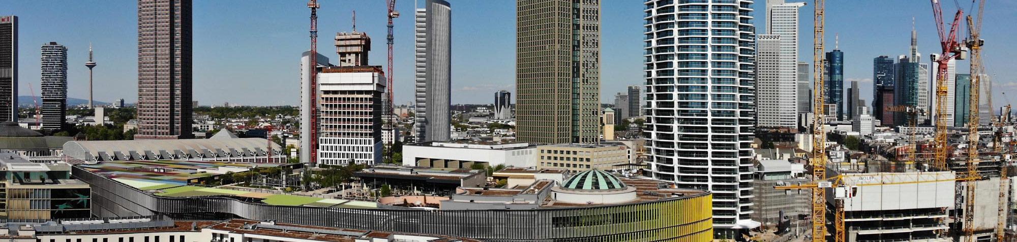 Welche Baustellen-Webcams zeigen Hochhäuser im Bau?