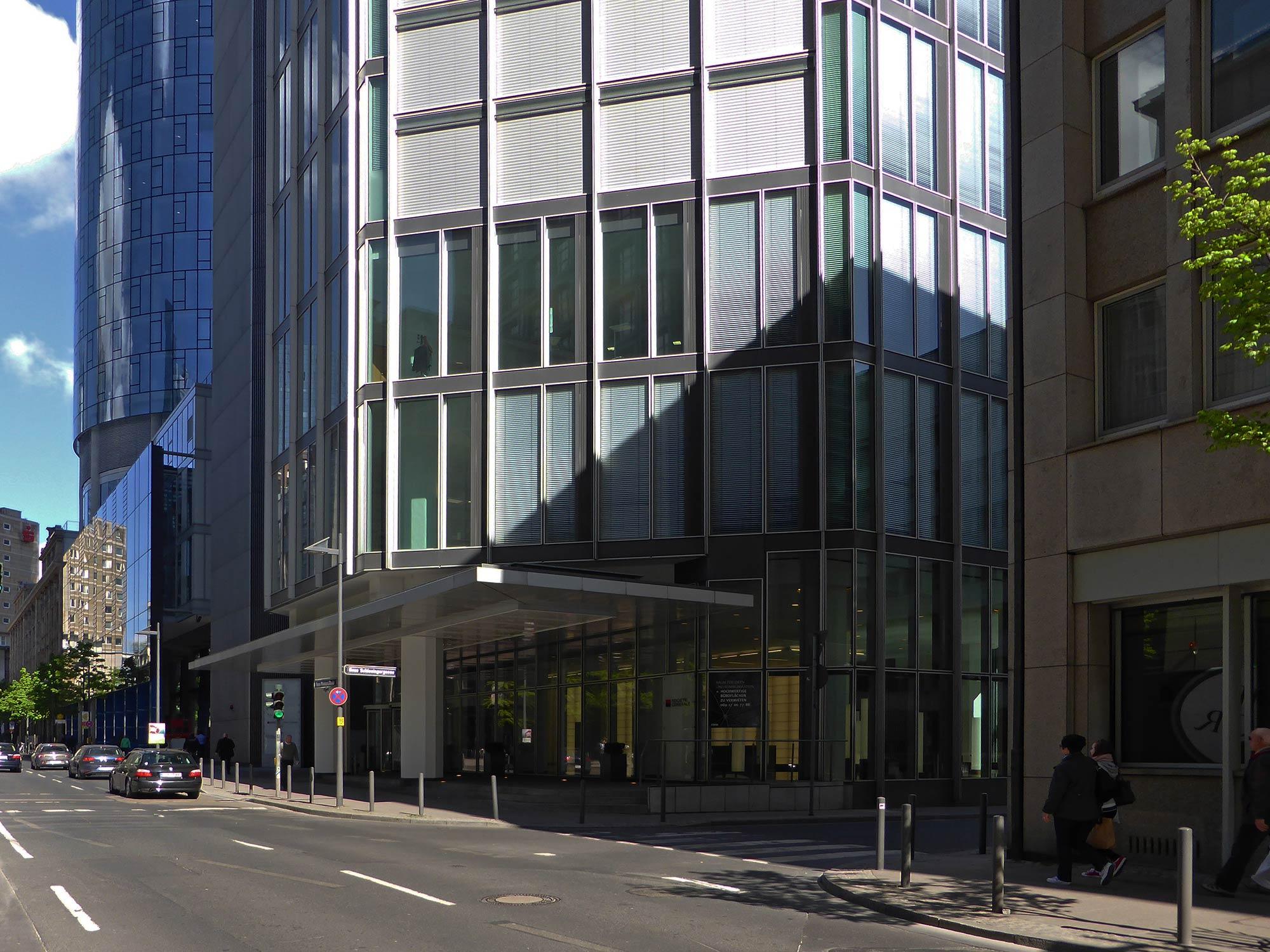 Garden Tower Neue Mainzer Strasse in Frankfurt am Main - Eingangsbereich und Umgebung