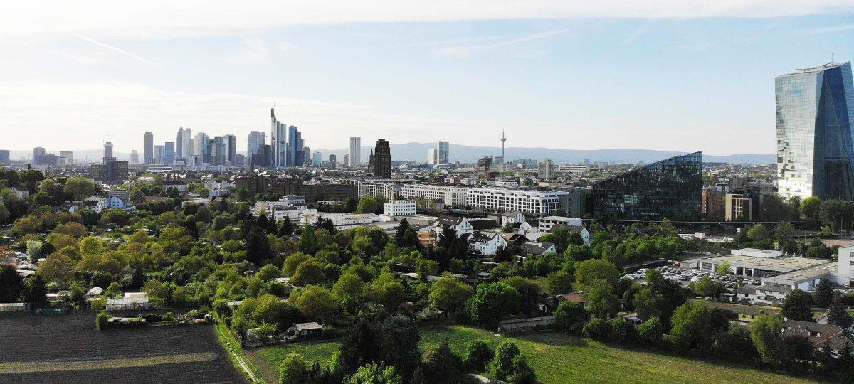 Frankfurt - Stadt im Grünen - Skyline und Grüngürtel