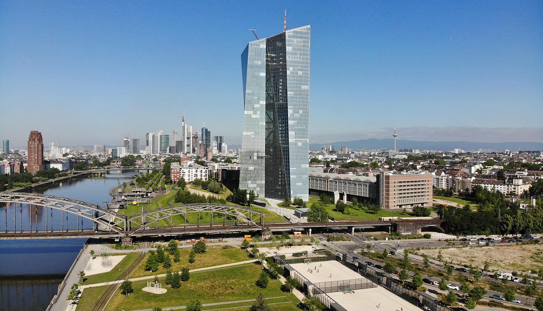 Frankfurt Wohnung zur Miete oder Kauf finden - Neubau Eigentumswohnungen mit Skylineblick in Mainhattan