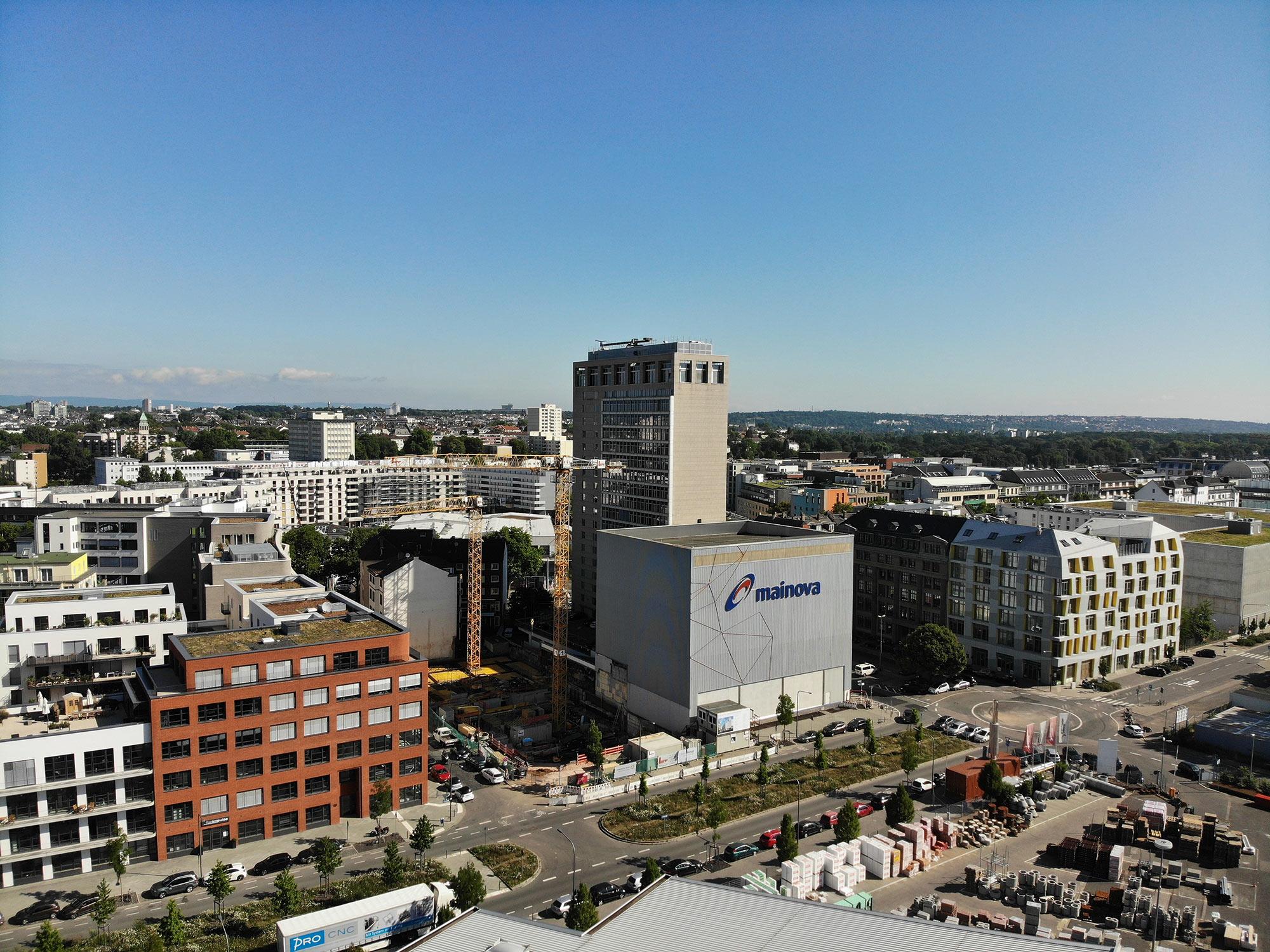 Ostend Frankfurt - Luftbild Lighttower - Eastside