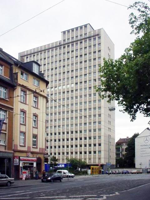 Hochhaus am Osthafenplatz Frankfurt - Juli 2001