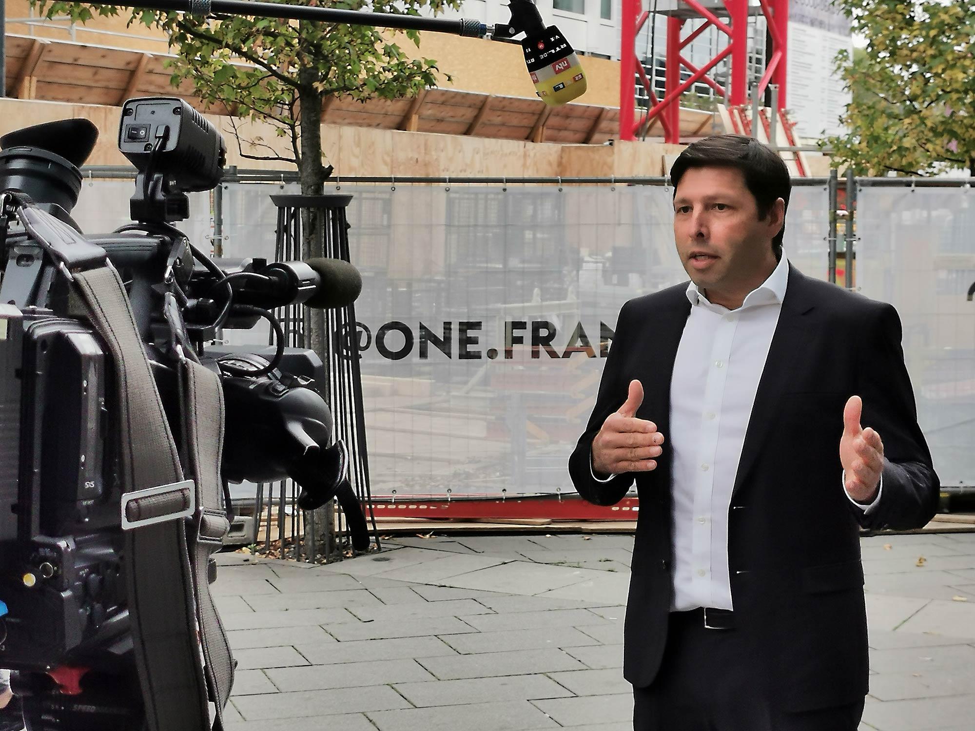 Matthias Schmidt, Geschäftsführer von CA Immo - im Fernsehinterview mit RTL, n-tv, vox