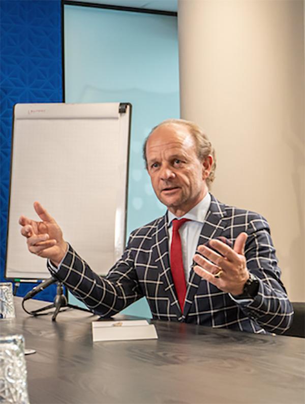 Tribes Frankfurt - CEO Schaepman im Interview