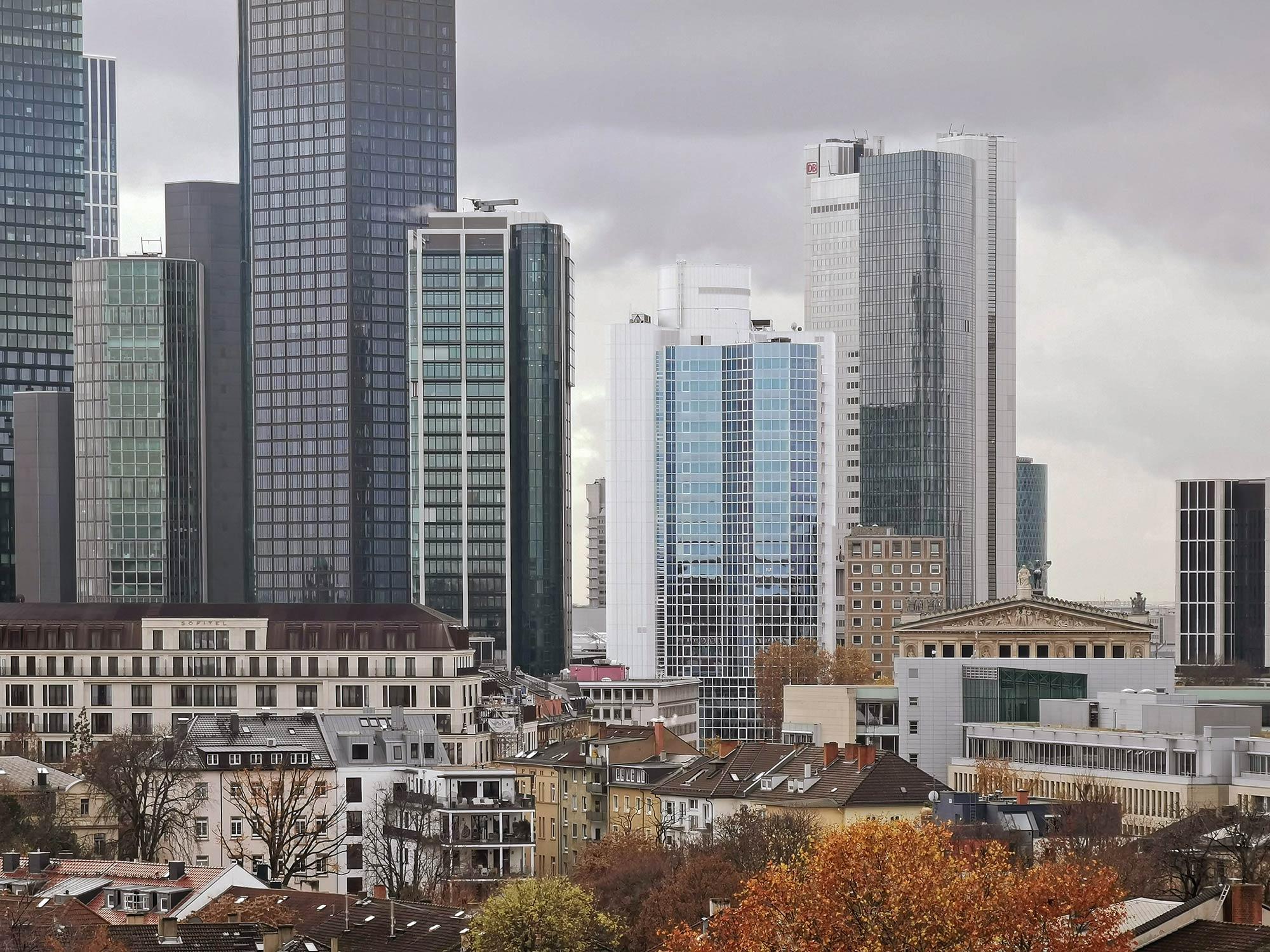 BAO Hochhaus Frankfurt - Bürohaus Alte Oper im Bankenviertel - CBD Frankfurt Büroturm