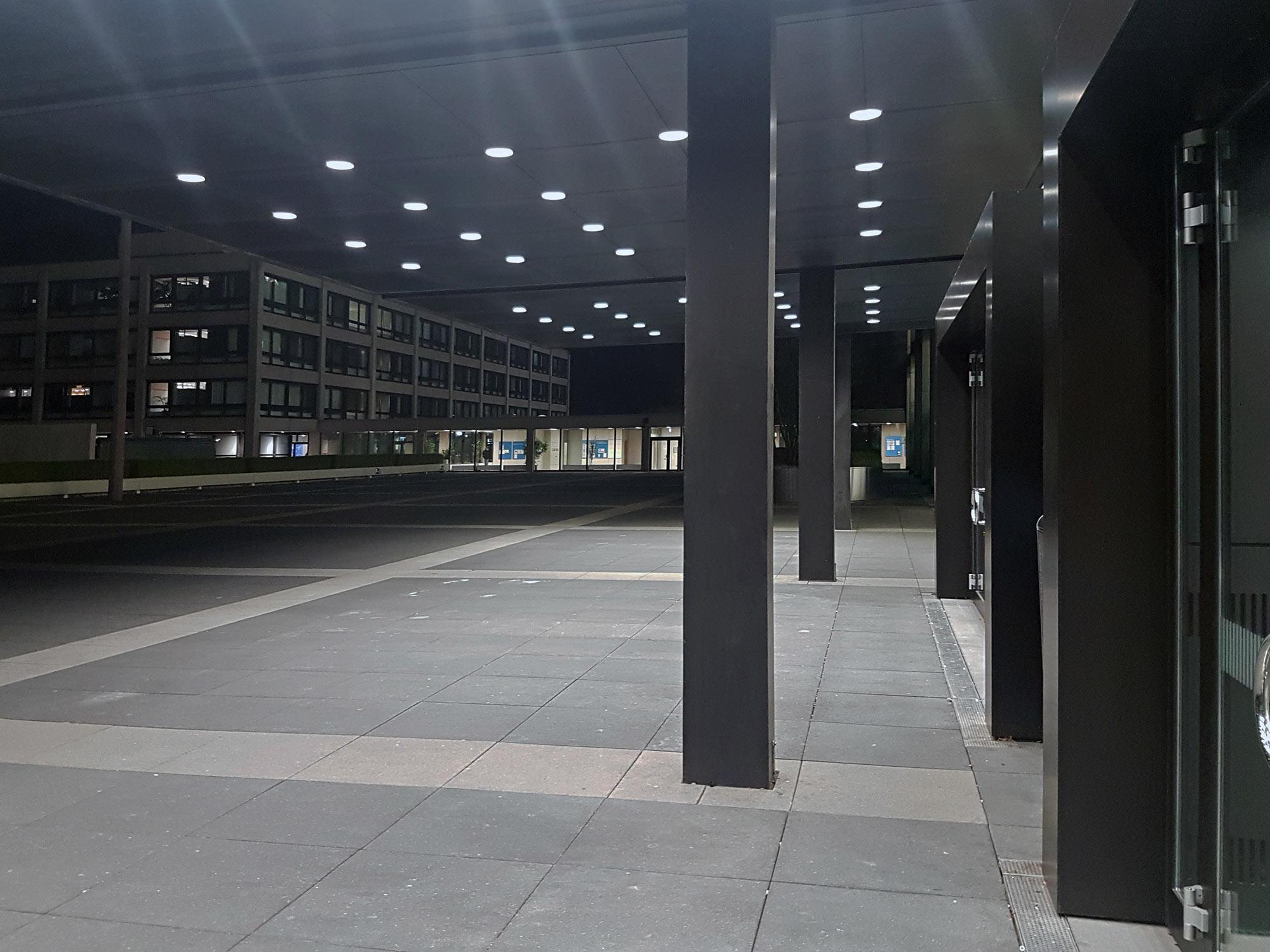 Deutsche Bundesbank Haupthaus - Bundesbankhochhaus