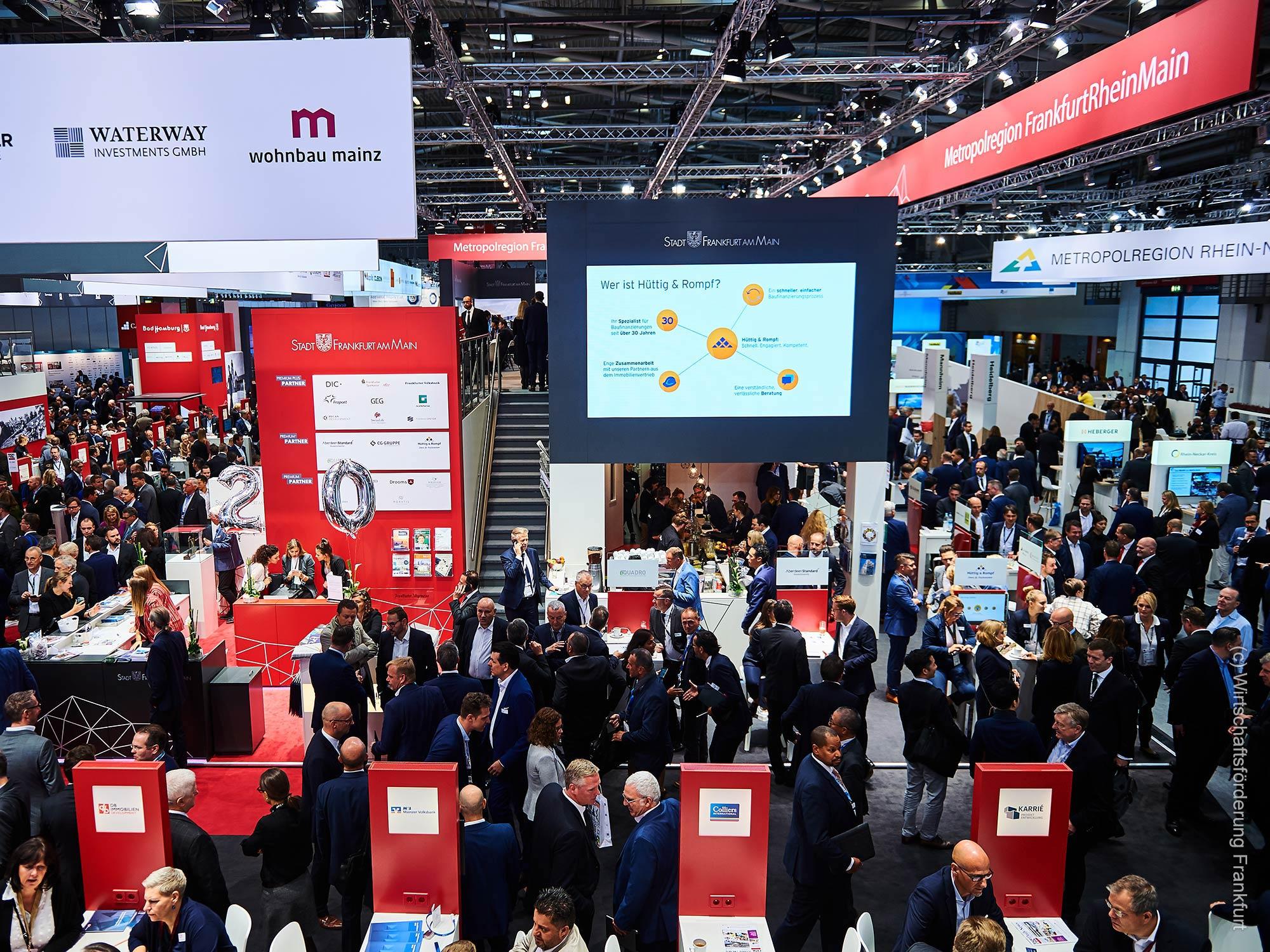 EXPO REAL in München - Messestand der Region Frankfurt Rhein Main - Gemeinschaftsstand der Wirtschaftsförderung Frankfurt