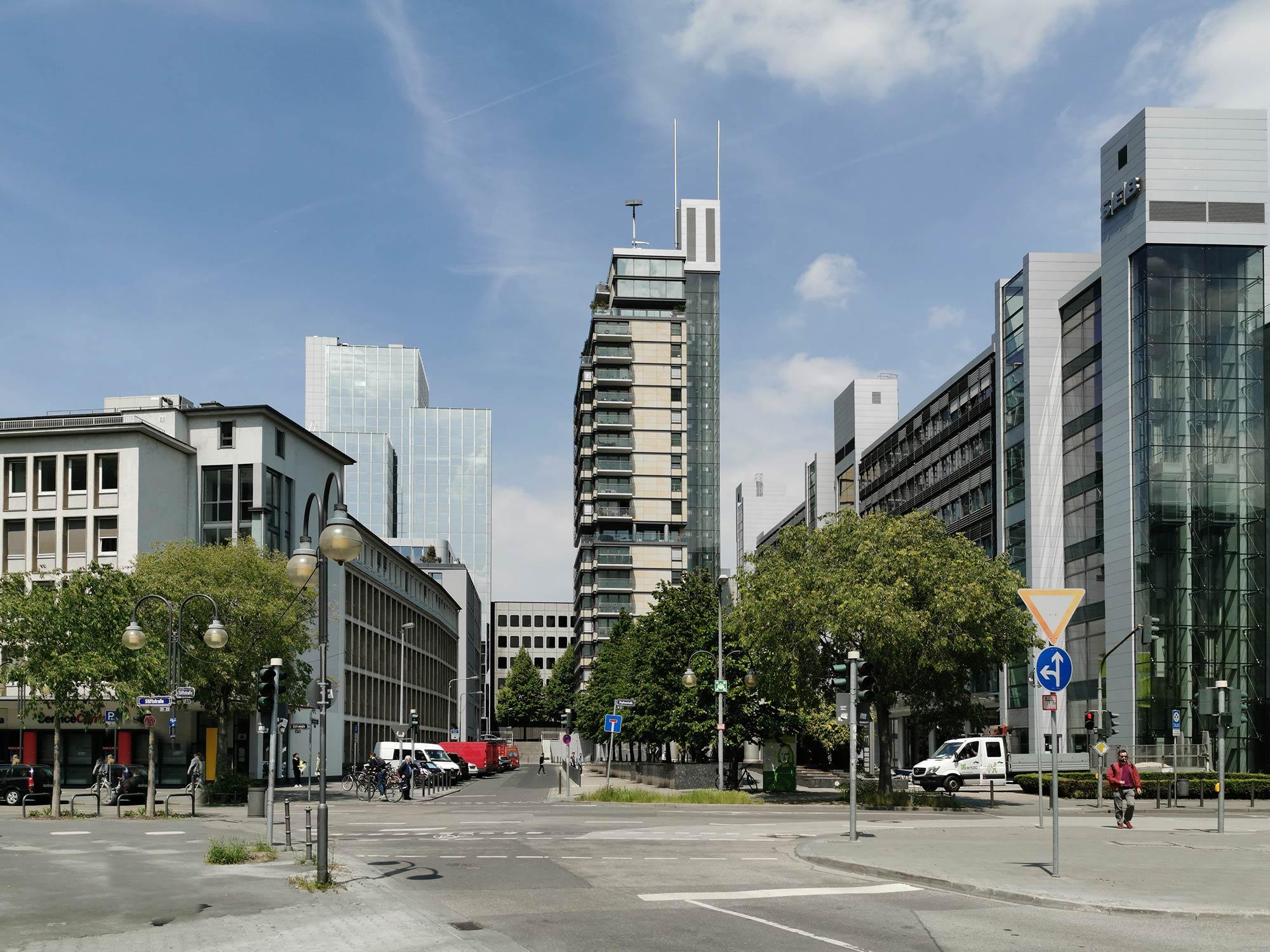 Frankfurt Skylight Wohnturm - Skylight Tower in Frankfurt am Main - Innenstadt Wohn-Turm