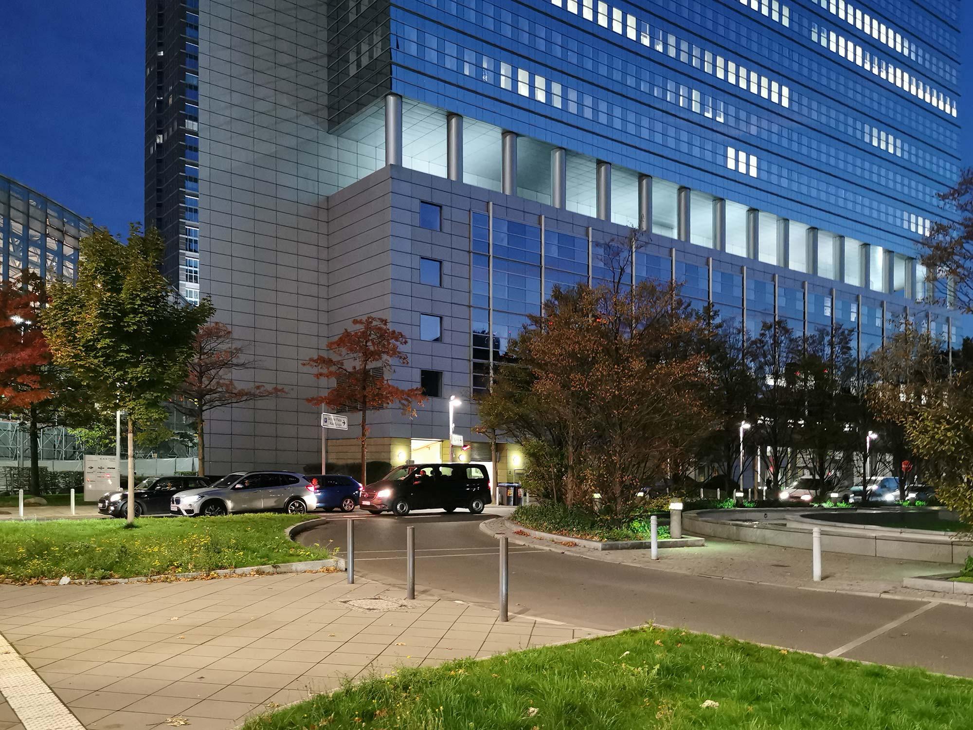 Kastor Frankfurt - Hochhaus Platz der Einheit - Forum Frankfurt