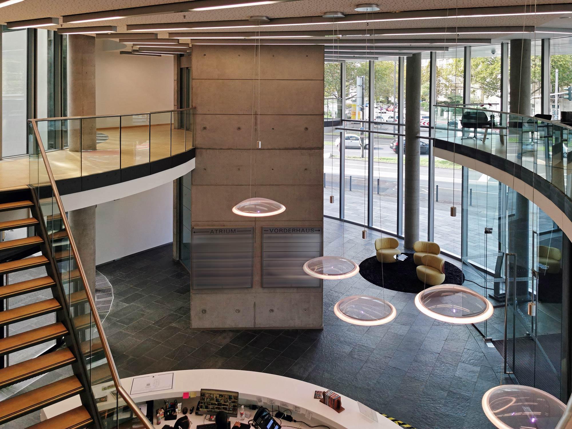 Oval am Basler Platz - Eingangsbereich Coworking Tribes Frankfurt