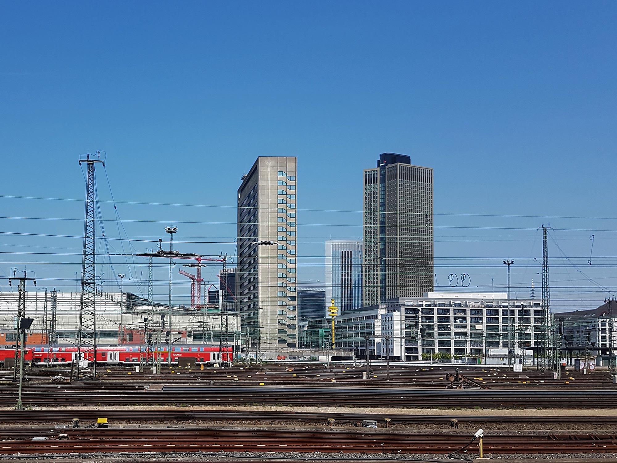 Posthochhaus Frankfurt - Commerzbank Hochhaus am Hauptbahnhof - Hafenstrasse 51 FFM