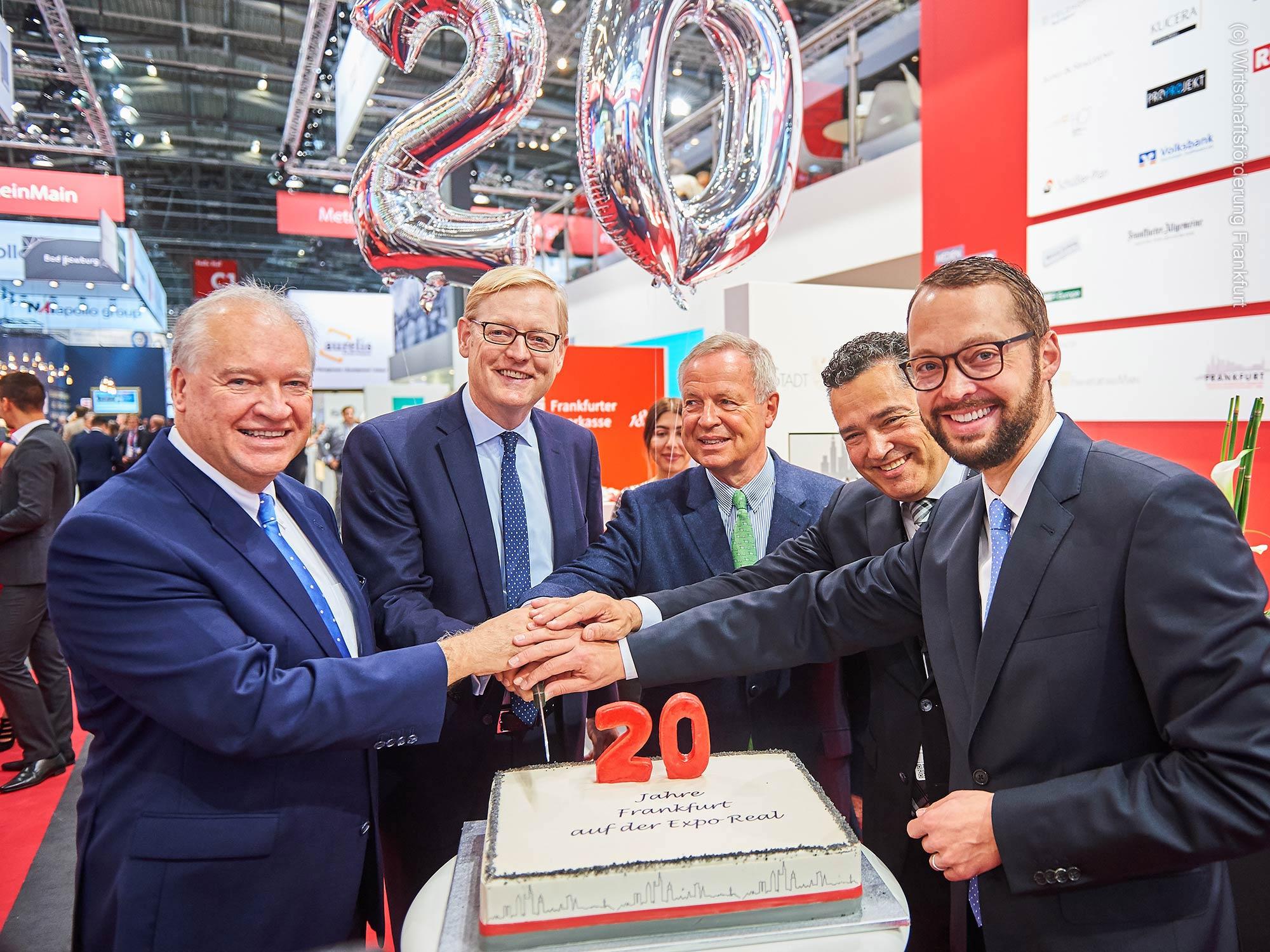 20 Jahre EXPO REAL - Wirtschaftsförderung FFM feiert mit Politikern auf der EXPO REAL den Stand für Frankfurt und das Rhein-Main-Gebiet