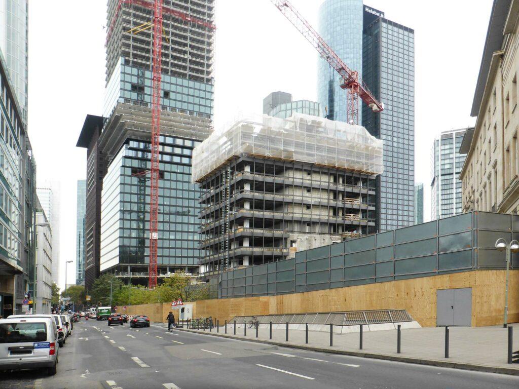 FOUR Frankfurt Rückbau - Abriss Hochhaus Deutsche Bank in der Großen Gallusstraße - DGBN Zertifikat