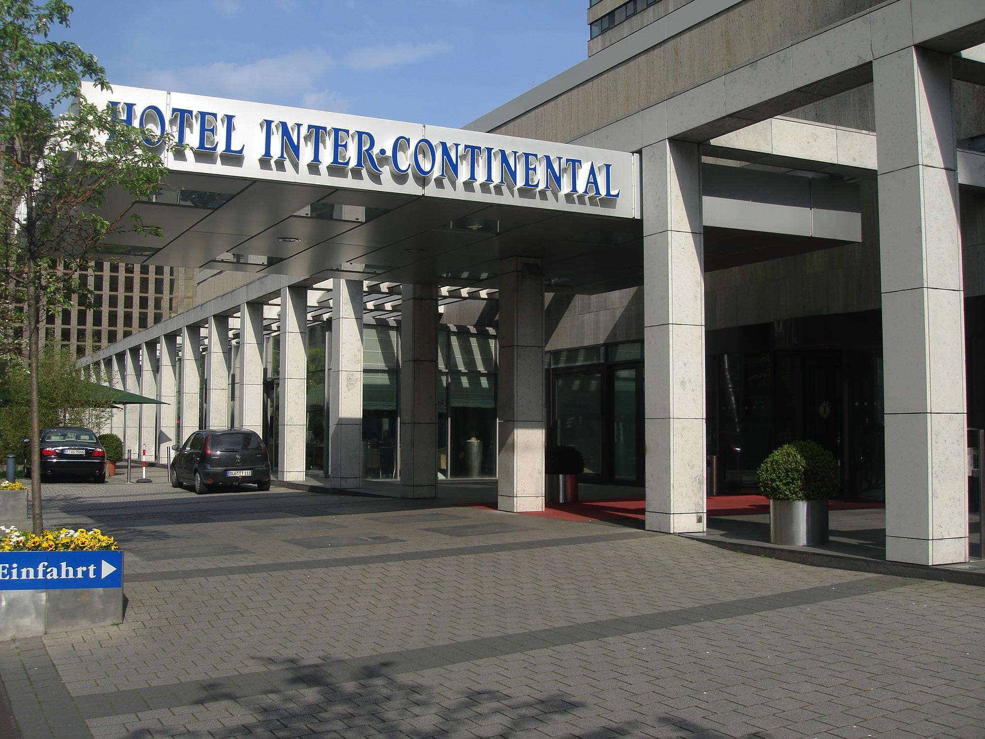 Frankfurt Hotel Intercontinental - Vorfahrt - Eingang