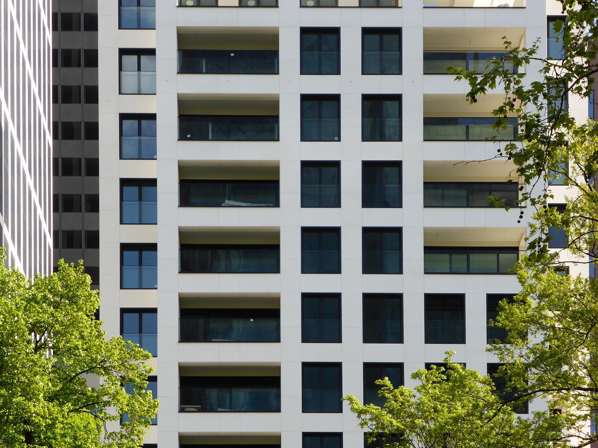 Hochhausfassade Taunus Tower Residential - Frankfurt Fassade - Natursteinfassade