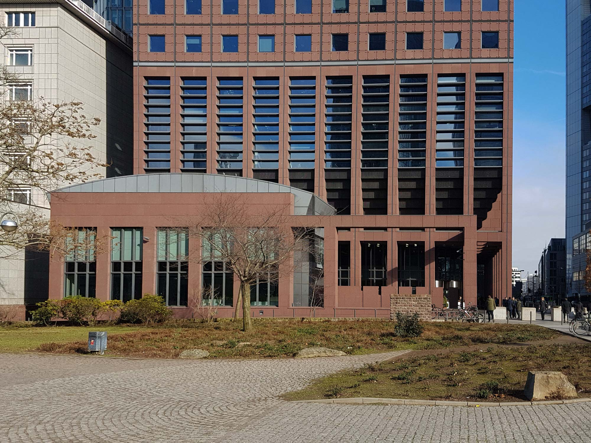 Japan Center Frankfurt am Main - Mieter EZB - Umgebung des Japan Center an der Taunusanlage