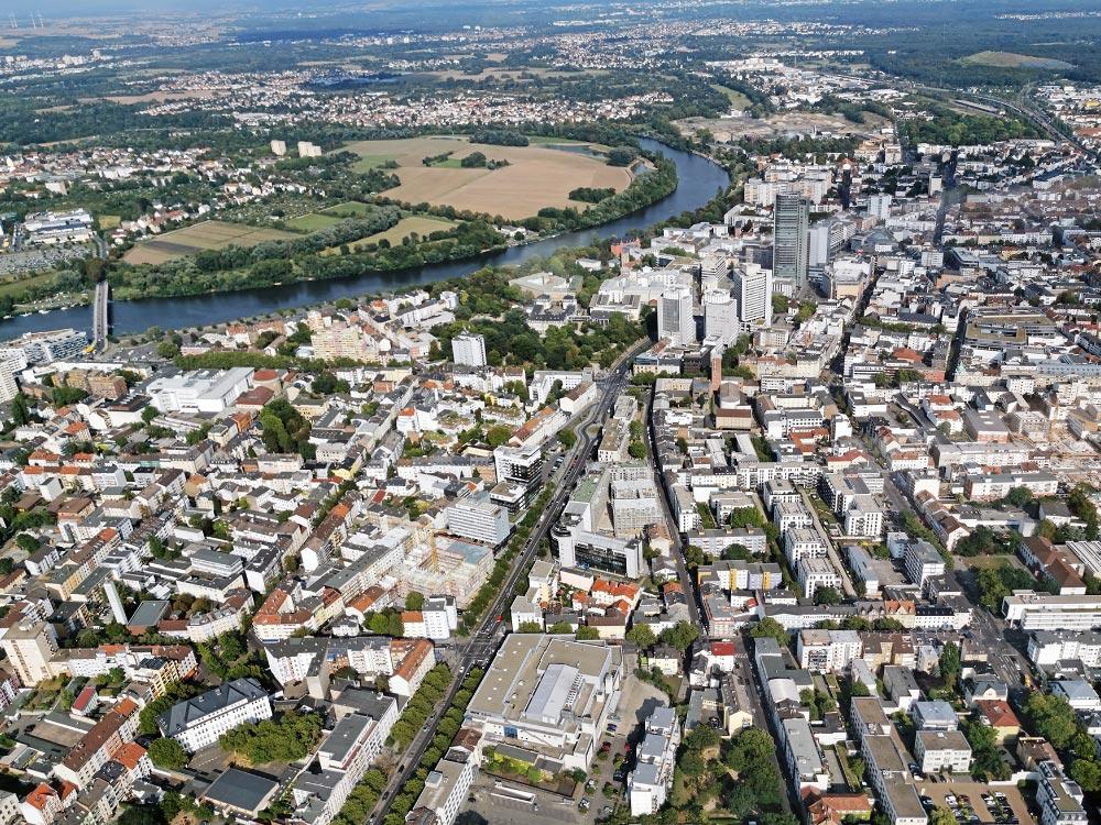 Luftbild Offenbach - Panorama Offenbach am Main - Innenstadt mit Wohnhäusern