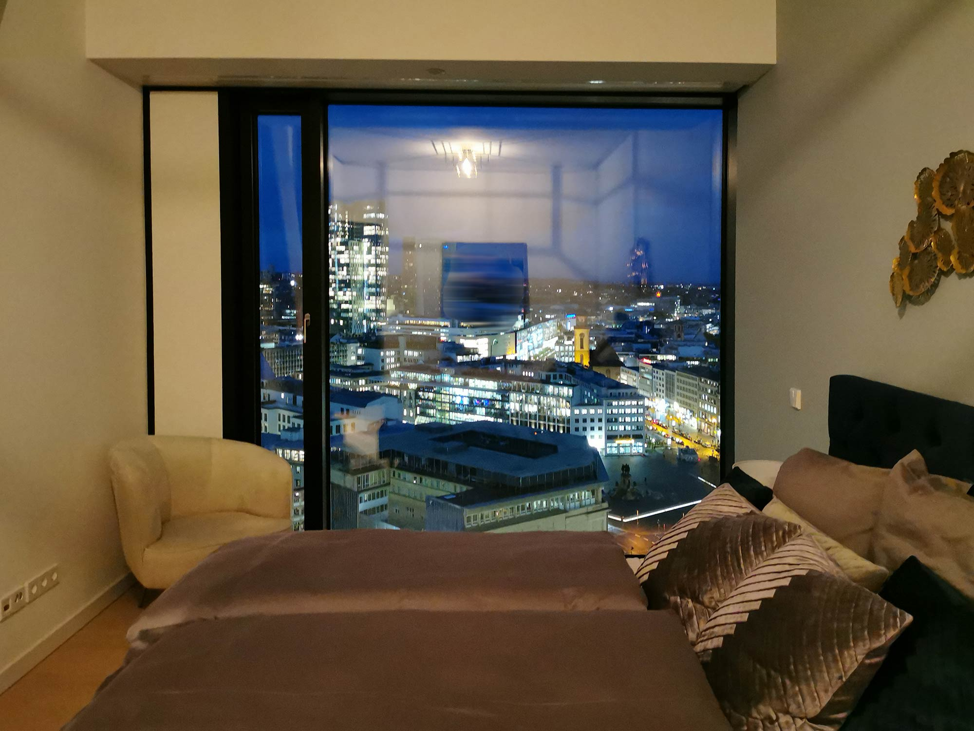 OmniTurm Wohnung - Mietwohnung Wolkenkratzer mit Skylineblick - Skyline Wohnung Frankfurt
