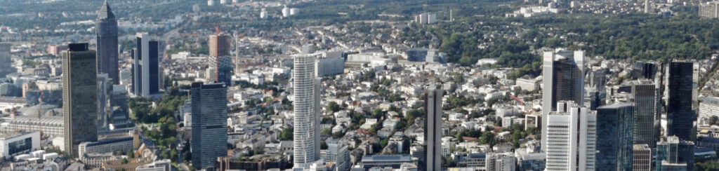 Projektentwickler Definition - Immobilien Projektentwicklung Frankfurt am Main - Projektentwickler Frankfurt - Hochhaus Skyline Frankfurt