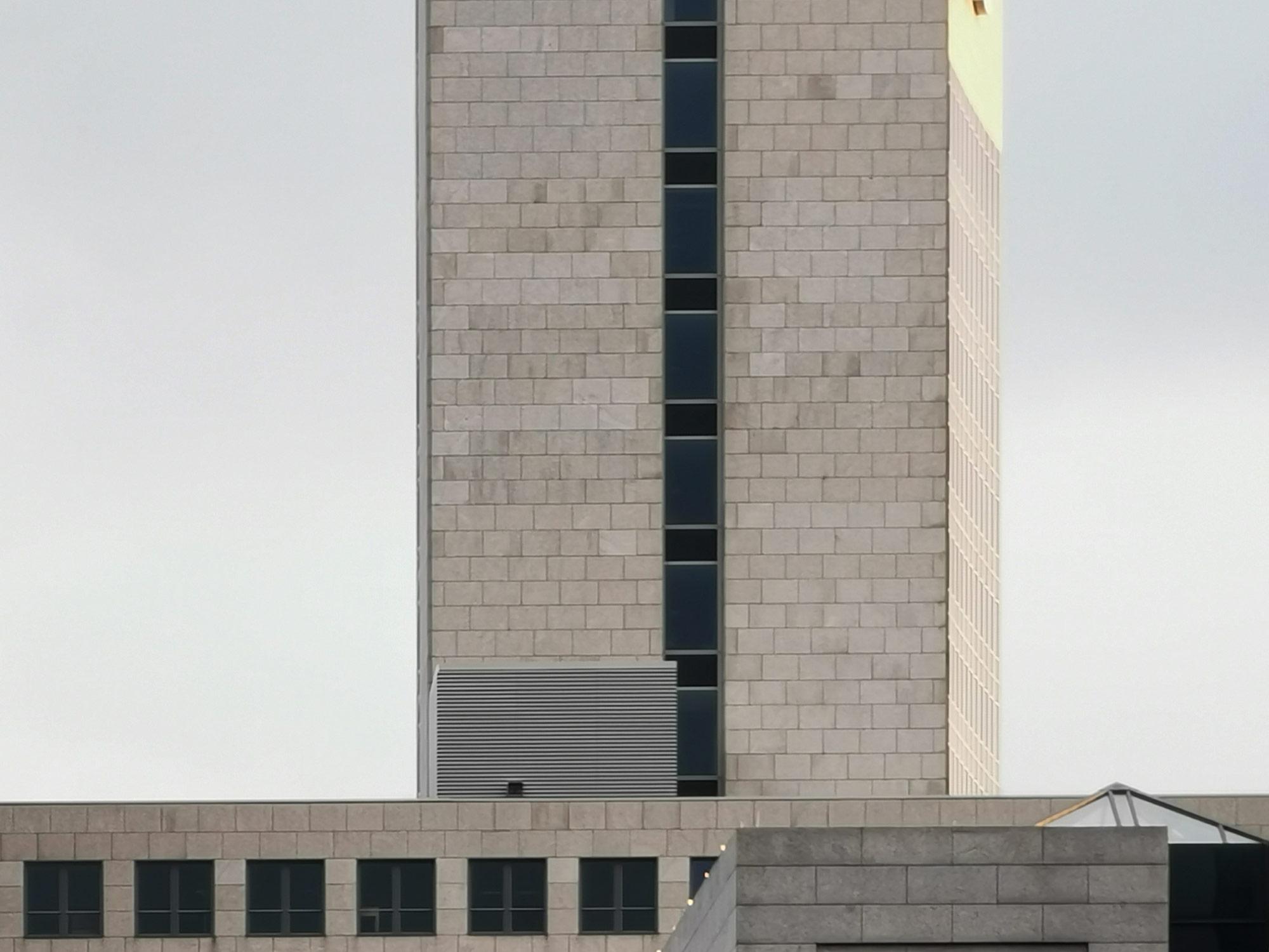 Hochhaus-Scheibe - Horizont Tower Eschborn - Fassade