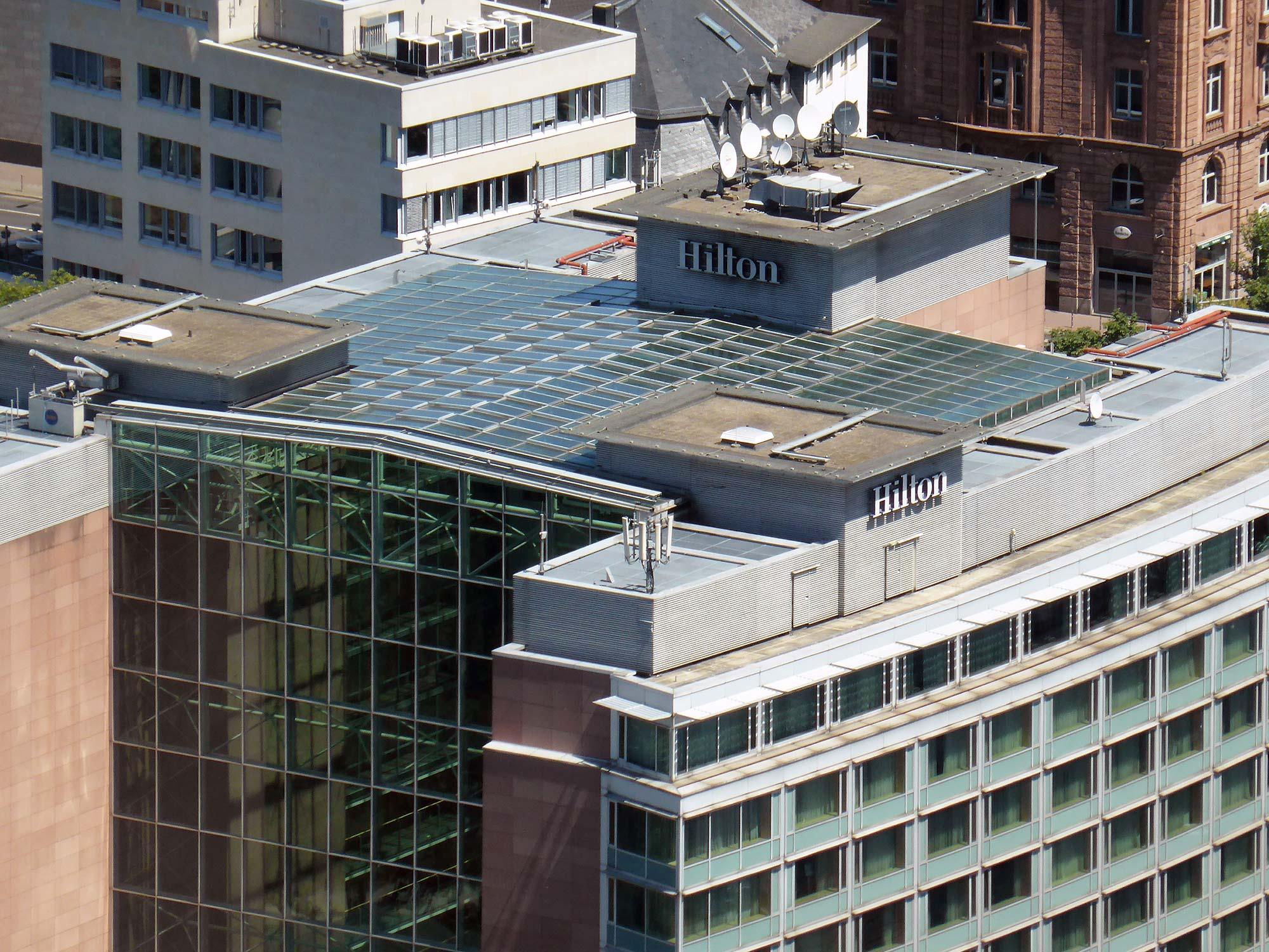Frankfurt Hilton Hotel City Centre - Hotel mit Skyline Aussicht - Übernachtung Innenstadt Frankfurt Hochhaus