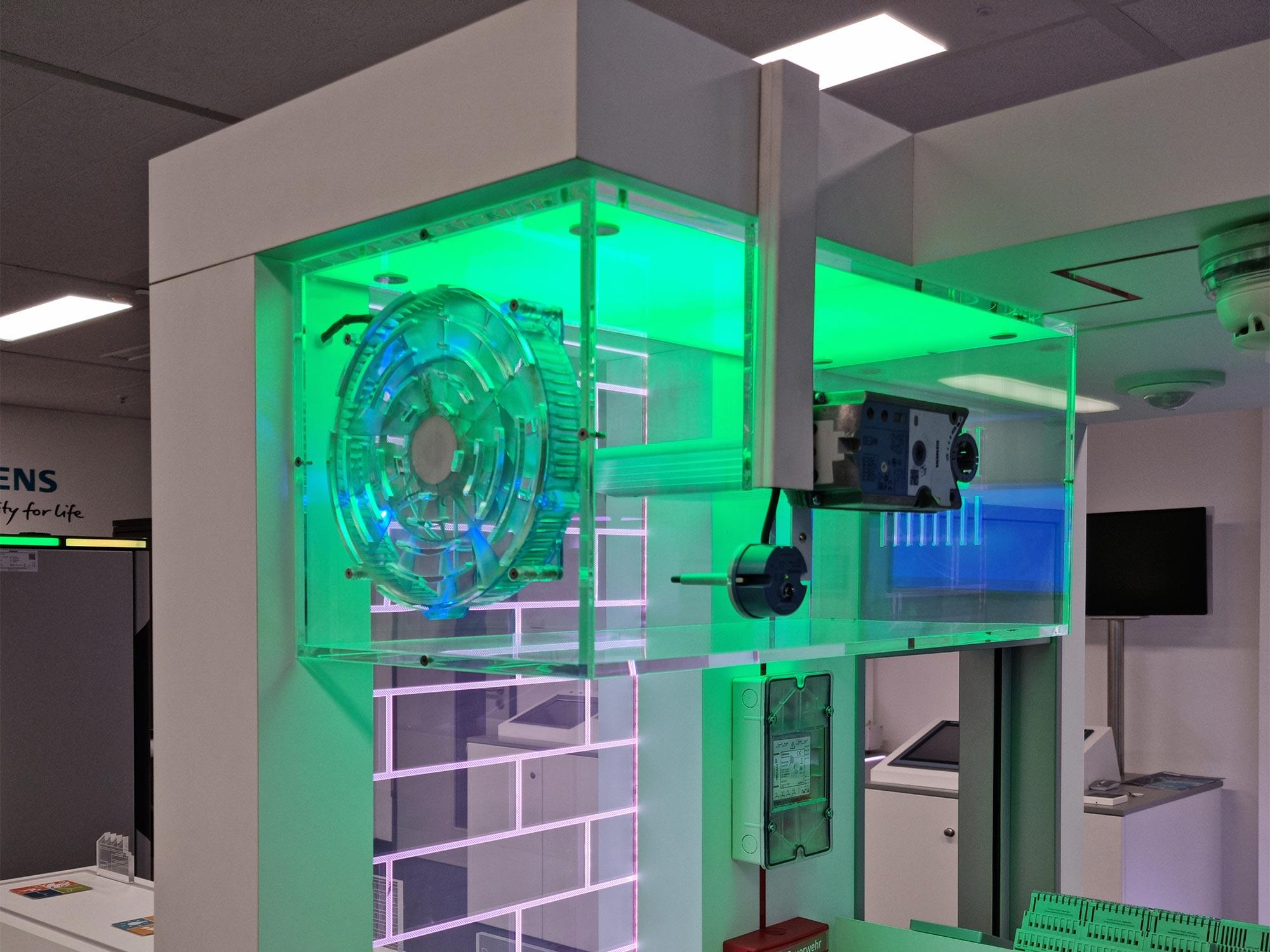 Brandschutz im Hochhaus - Siemens Smart Infrastructure - Brandschutzklappe in der Simulation