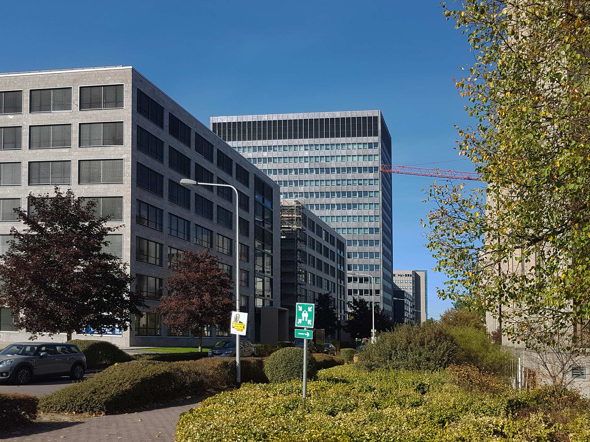 Campustower FFM - Campus Tower Frankfurt am Main im Lyoner Viertel - Colt Hochhaus
