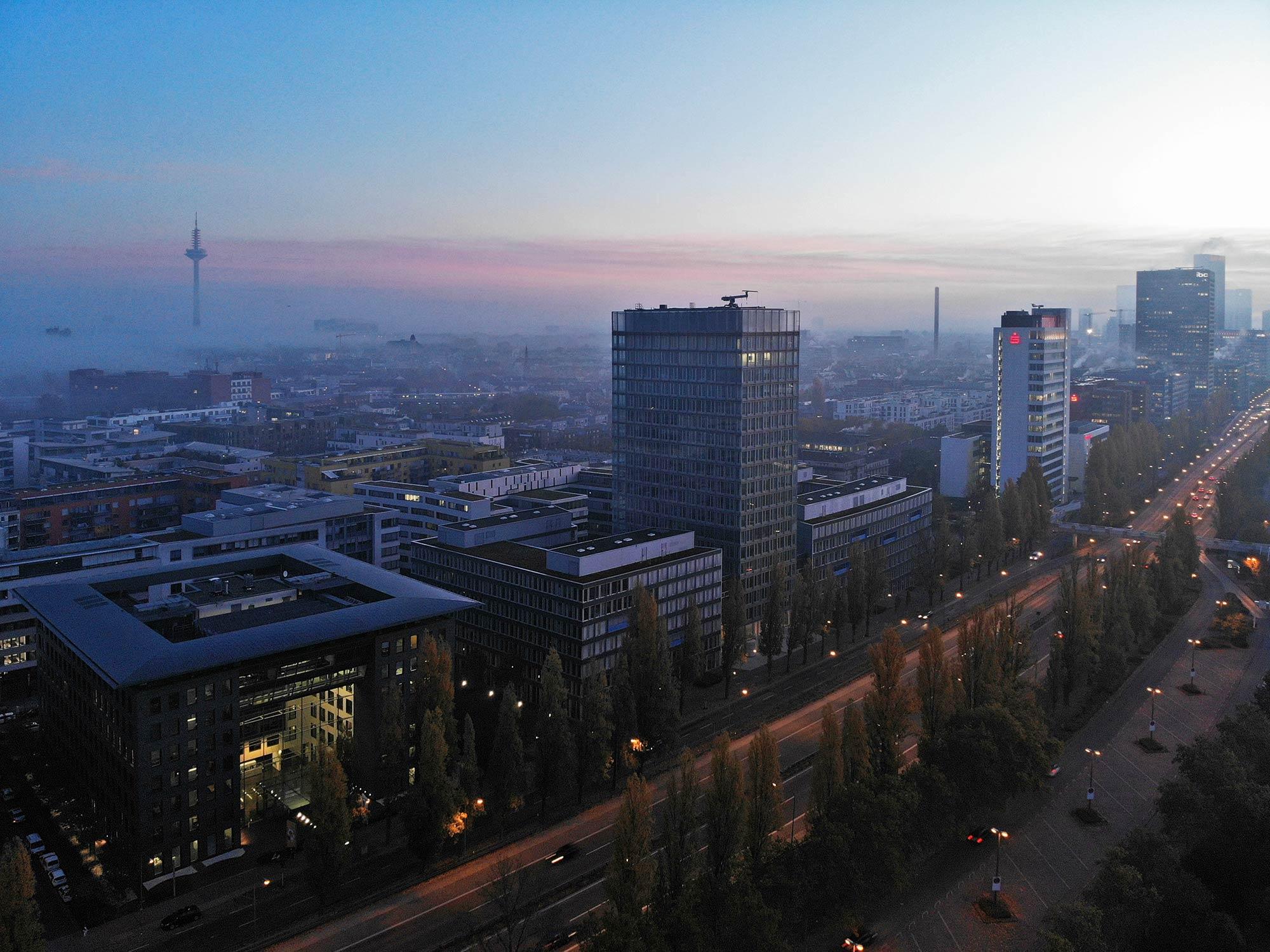 Cielo Frankfurt am Main - City West Hochhaus - Luftaufnahme Cielo - Drohnenaufnahme Cielo - Panorama FFM