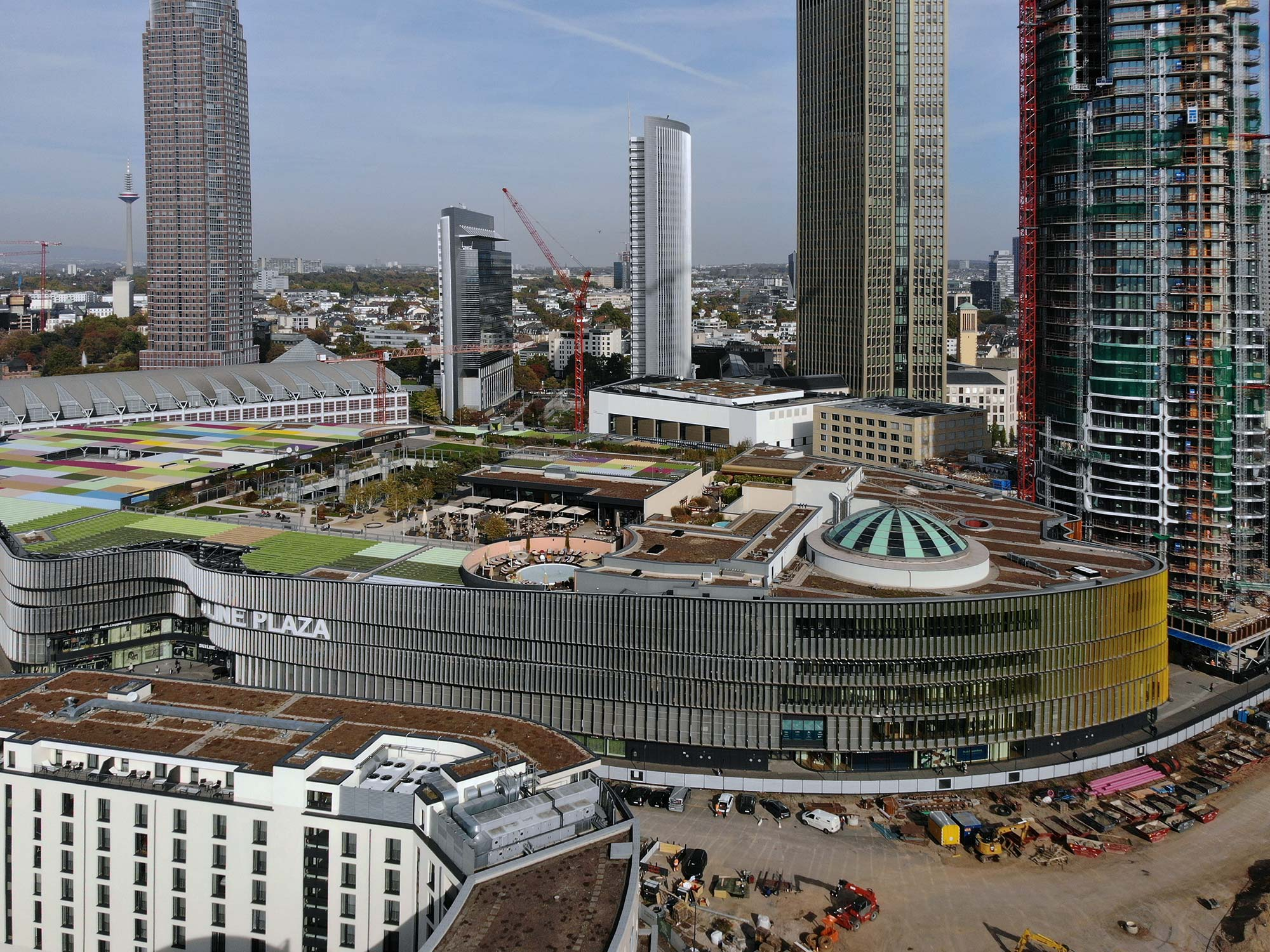 Skyline Plaza FFM - Shopping Center Frankfurt - Luftaufnahme