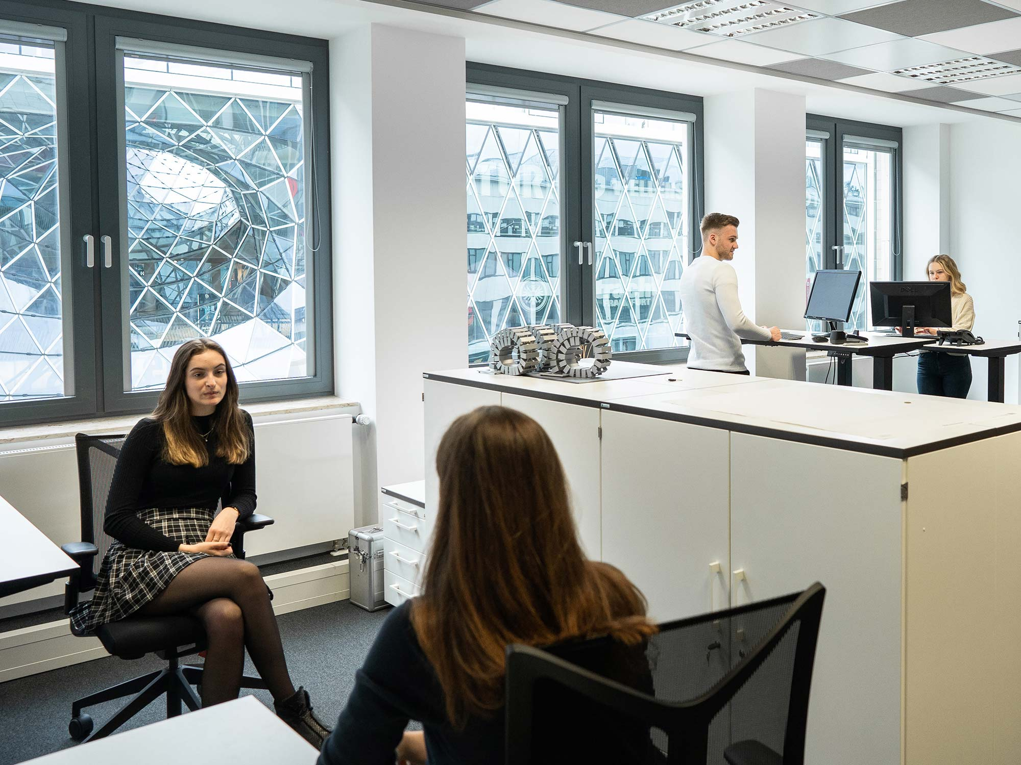 Kurzzeitbüros Frankfurt - Kurzzeitmiete Frankfurt am Main - Büros mieten FFM - Business Center