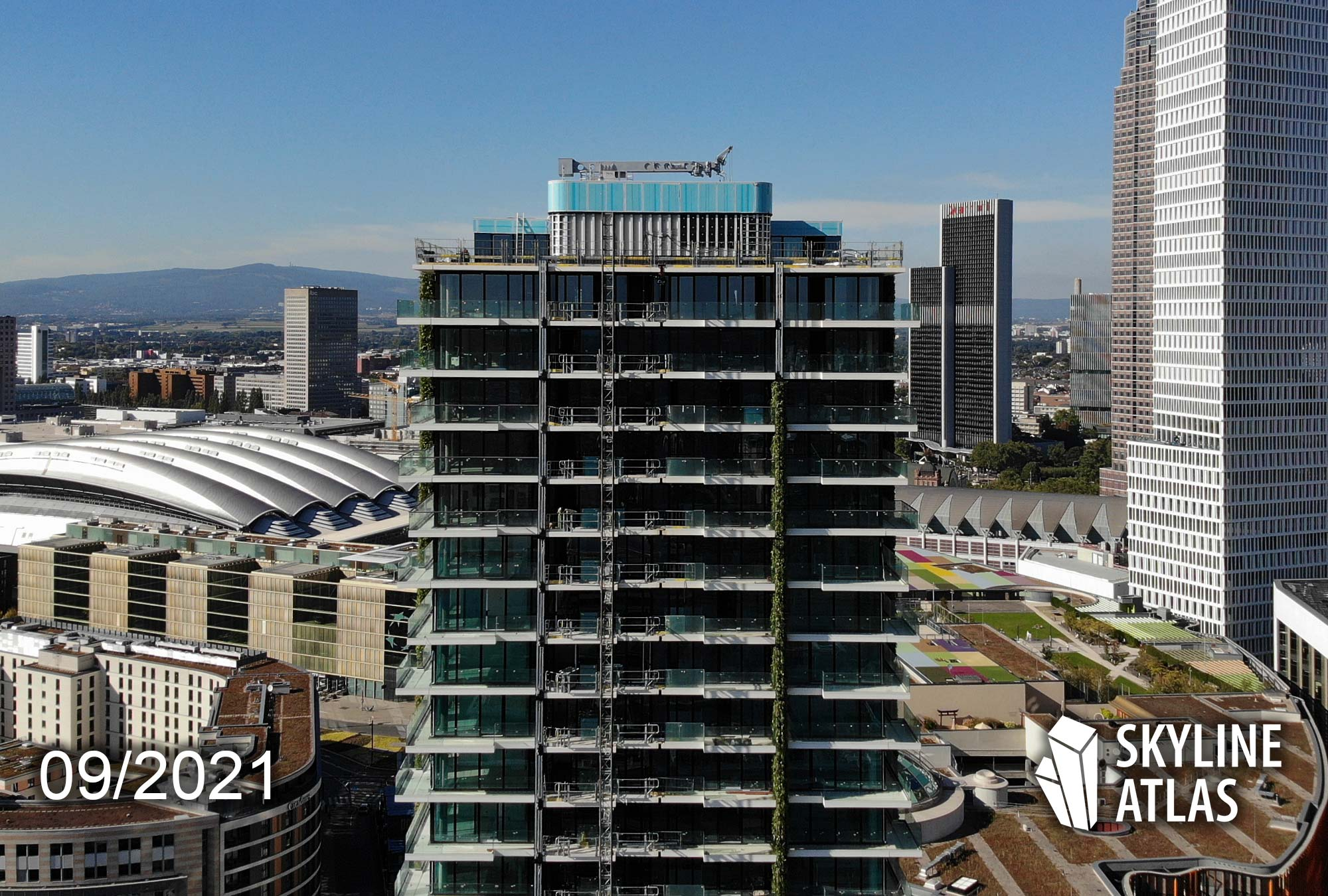 Frankfurt Eden Turm - Eden Tower Fassade - Baustelle Eden-Tower FFM - Europaviertel Wohnturm - September 2021